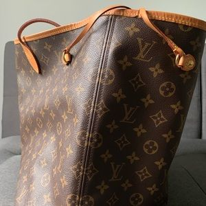 2017 Timeless Neverfull GM, great condition.